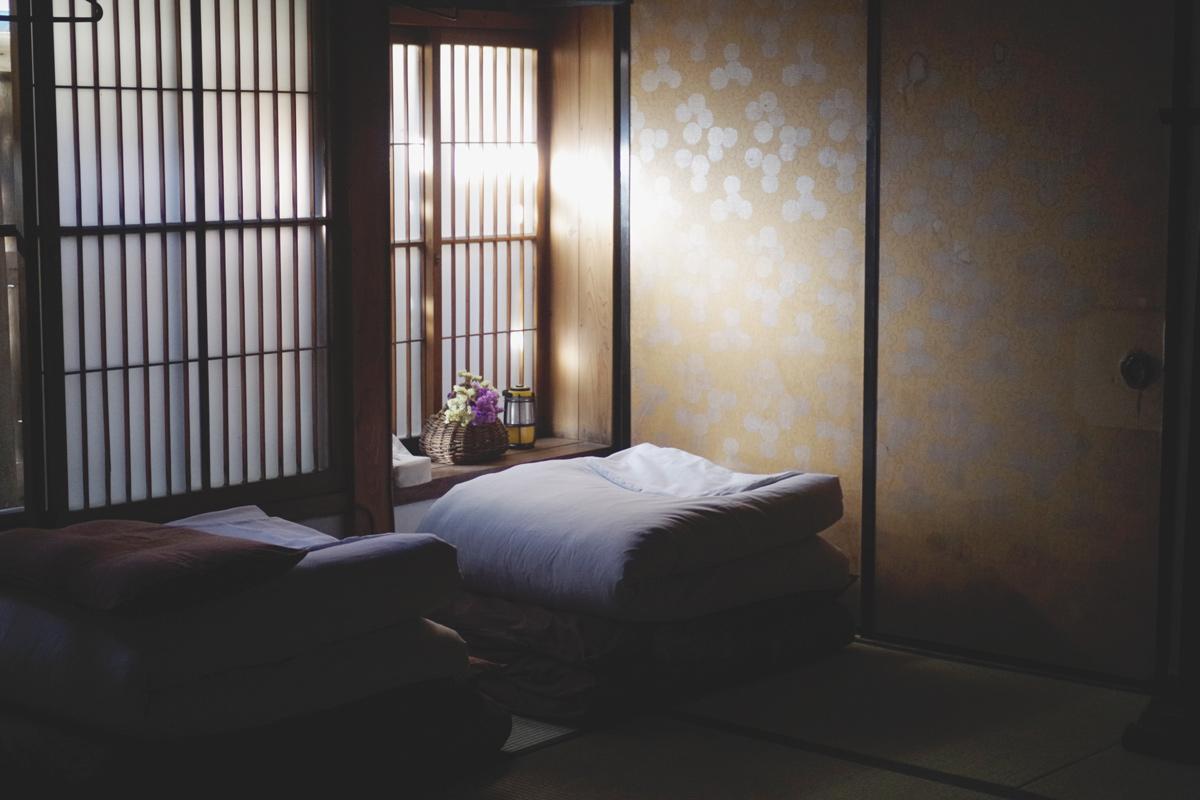 ふすまの向こうは別の部屋。100年前から変わらない間取り