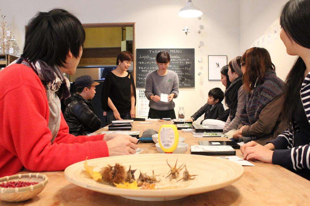 地元から、都会からも里山の暮らしを学ぶワークショップへ photo by Yamanoie