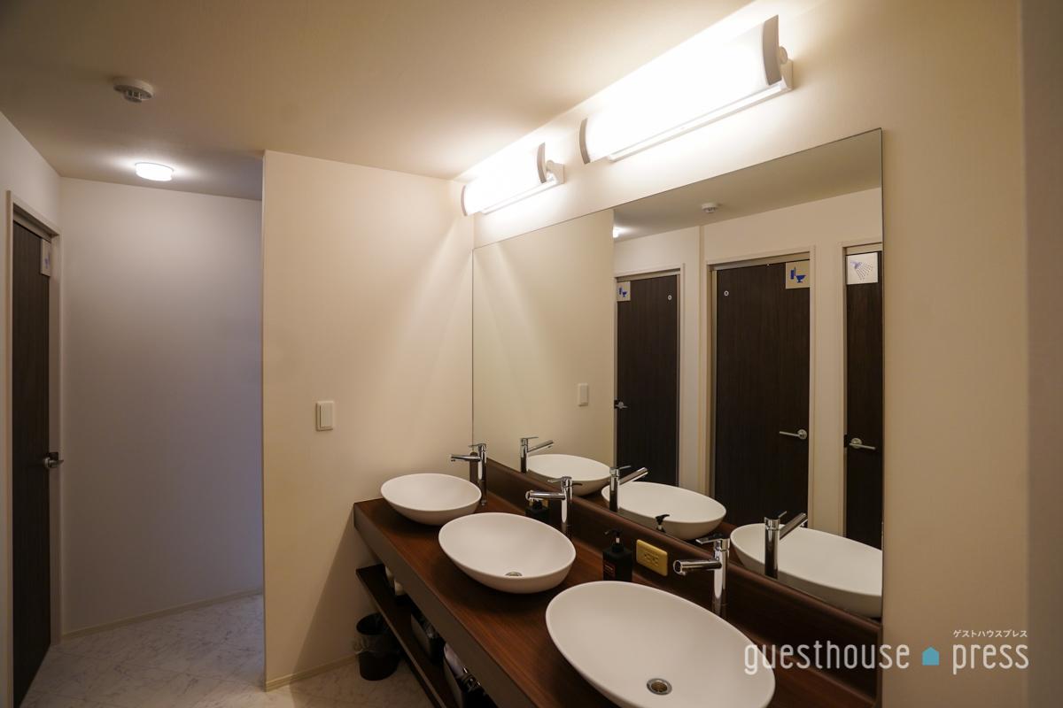 女性用洗面スペースが多く設けられているのがうれしい